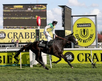 Oliver Sherwood, Many Clouds